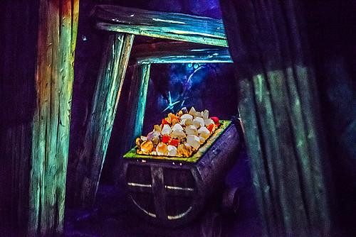 Snow White's Scary Adventures in Disneyland