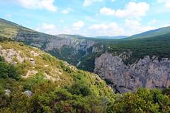 Verdon gorge (ec1jack) Tags: ec1jack kierankelly canoneos600d france provence europe eu june 2017 southoffrance summer verdon gorge cliffs rocks forest