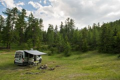 Relax nei boschi-23 ( YariGhidone ) Tags: rosso cesana lago nero claviere monti della luna van life vanlife campe furgone vita avventure adventure campfire camping wildlife wild camper