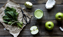 Making some Apple, Spinach and Coconut Juice deee-licious (Caramel Kisses Photography) Tags: food foodphotography juice nutrition adelaide southaustralia canon rustic yum wood spinach apple coconut scissors paper