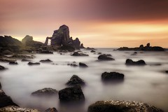 Clouds on the sea (Anto Camacho) Tags: sunset landscape rocks filters clouds longexposure seascape cantabricsea waterscape bigstopper nature power light