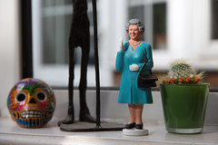 Queen, Skull and Cactus (SReed99342) Tags: queen waving figurine skull house windowsill cactus london uk england