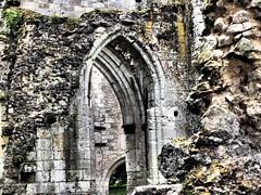 Die schönsten Ruinen Frankreichs (gunarimfocus) Tags: abbaye jumieges normandie klosterruine ruine schönsteruine historisches geschichte architekturdenkmal