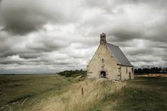 Sainte-Anne (BrigitteChanson) Tags: sainteanne saintbroladré illeetvilaine chapelle polders ciel baie bretagne breizh brittany nuages clouds nuvole nubes cielo broladre greaterphotographers