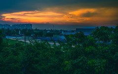 DSC_0128-2 (srikantpillai) Tags: sunset landscape cityscape nikon d3400 handheld delhi orange sky clouds evening