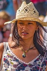 ... Beautiful People      ... (Lanpernas .) Tags: retrato robado calle street gente chica mujer woman verano joven cherchezlafemme fashion