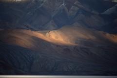 Sunset landscape at Lake Tso Moriri, India 2016 (reurinkjan) Tags: india 2016 ©janreurink himachalpradesh spiti kinaur ladakh jammuandkashmir kargil tsomoriri lakemoriri sunset tsomoririwetlandconservationreserve changthangplateau himalayamountains himalayamtrange himalayas landscapepicture landscape landscapescenery mountainlandscape