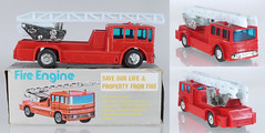 MIS-HK-AEC-Fire-B (adrianz toyz) Tags: plastic toy model hong kong aec fire truck turntable escape ladder