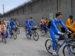 DSCN1893 (IantoJones2006) Tags: fremont solstice cyclists 2017 naked bike seattle parade nude painted body paint bicycle