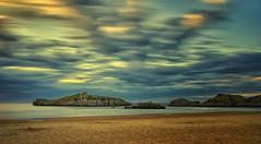 Ris. Sunset. (hajavitolak) Tags: largaexposición sonya7ii landscape playa seascape ris longexposure noja paisaje zeiss3528 nubes clouds beach cantabria spain