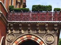 Renaissance Hotel, Saint Pancras (Snapshooter46) Tags: renaissancehotel saintpancras ornate brickwork architecture architect georgegilbertscott london ironwork stonecarving lowrelief