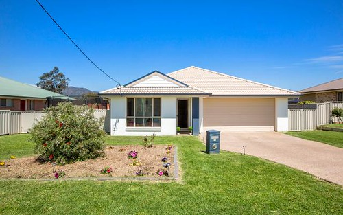 14 Grevillea Crescent, Tamworth NSW 2340