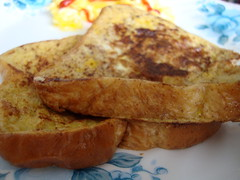 French Toast. (dccradio) Tags: lumberton nc northcarolina robesoncounty food eat breakfast meal bread frenchtoast catsup ketchup eggs scrambledeggs indoors sony cybershot w230