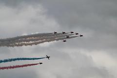 RAFCosfordAirshow2017-156 (mcaviationphoto) Tags: rafcosford rafcosfordairshow theredarrows royalairforceaerobaticteam rafat rafscampton uk unitedkingdom britisharmedforces raf royalairforce aerobatic aerobaticteam militaryaerobaticdisplayteam baehawkt1 baesystemshawkt1 baehawkt1a baesystemshawkt1a baehawk baesystemshawk bae baesystems hawkersiddeleyhawk hawkersiddeleyhs1182hawk britishaerospace hawkersiddeley baesystemsmasdivision baesystemsmilitaryairsolutionsdivision jet militaryjet trainer militarytrainer militaryjettrainer advancedtrainer advancedjettrainer militaryadvancedjettrainer