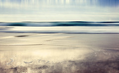 Point Break (Bruus UK) Tags: point break cornwall padstow trevone beach atlantic surf surfing reflection coast sand marine waves breakers blur seasape ocean alone nakedbeach empty desolute