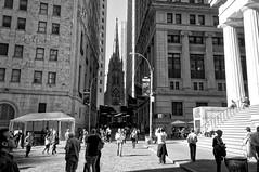 stuck in the middle (Leguman vs the Blender) Tags: nyc newyork nikond90 manhattan bw usa