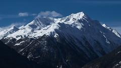 ...und jetzt ein Eis! (g e g e n l i c h t) Tags: berg alpen eis schnee landschaft schweiz engadin