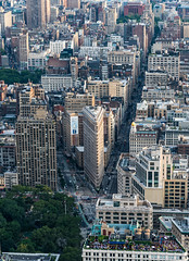 Flatiron Building (sammanwong) Tags: sonya6300 sony sonyalpha zeiss1670mmf4 zeiss1670 manhatten newyork newyorkcity ny flatiron flatironbuilding cornerbuilding