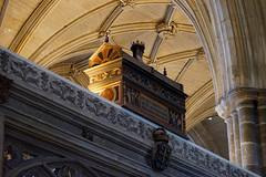 King Egbert's Mortuary Chest at Winchester Cathedral (Jayembee69) Tags: alfredthegreat king wessex kingofwessex saxon darkage darkages winchestercathedral winchester england english remains bones coffin sarcophagus egbert kingegbert britain british uk unitedkingdom