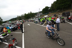 IMG_9326 (Christophe BAY) Tags: mobyltettes francorchamps 2017 rétromobile club spa circuit moto vespa camino flandria