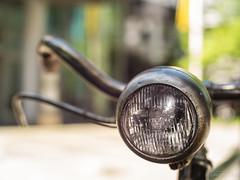 Bikeh (III/III) (Hamburg PORTography) Tags: hoonose68 germany deutschland sgrossien grossien minolta md mount quenox focal reducer sr fuji xmount fujifilm xe1 2017 adapted adapter lens objektiv focalreducer manual dof depthoffield bokeh minoltamdrokkor50mm114 rokkor 50mm 114 f14 bicycle bike fahrrad rad lampe bremse lenker handlebar againstautotagging bosch leuchte light