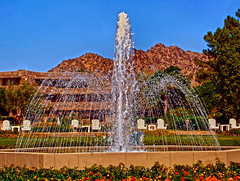 Arizona Biltmore Fountain (oybay©) Tags: biltmore frank lloyd wright arizonabiltmore phoenix arizona art franklloydwright flw concretewall perforatedconcrete albertchasemacarthur hotel concreteblock concrete perforated screen modernism resort architecture texture pattern column symmetry text lines ancient mountain preserve trail 200a valley 24th street camelback south landscape road st sun fashion park usa mountains hike hiking