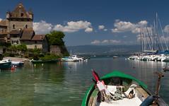 A la pêche... (J&S.) Tags: france hautesavoie yvoire barque port lacléman château lac eau nuage ciel loisir