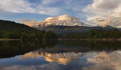 Mt Shasta before the Sunset. (Sveta Imnadze) Tags: nature landscape mtshasta ca shastanf siskiyoulake reflection