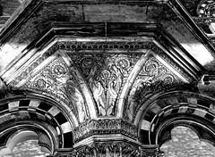 Stone carving (Snapshooter46) Tags: stonecarving lowrelief saintpancrasstation london midlandrailway architecture architect georgegilbertscott blackandwhite photosketch monochrome entablature