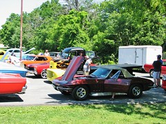 ALL READY FOR THE CAR SHOW IN JULY 2017 (richie 59) Tags: ulstercountyny ulstercounty newyorkstate newyork unitedstates sunday weekend fordmotorcompany ford automobiles autos motorvehicles vehicles generalmotors chevrolet saugertiesny saugerties usa chevycorvette cars richie59 carshow outside people summer truck corvette 2017 july2017 july92017 sawyermotorscarshow 2010s hudsonvalley midhudsonvalley midhudson nystate us nys ny 1960scar americancar uscar parkinglot parkedcars trees grass convertible marooncar