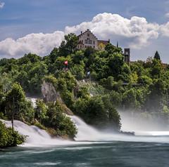 Rheinfälle mit Schloss Laufen (Walther Wer) Tags: rhein rheinfall schloss laufen wasser wasserfall