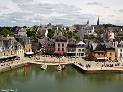 Saint Goustan (Noemie.C Photo) Tags: auray saintgoustan bretagne morbihan village city medieval historique ciel sky paysage landscape urbain colors
