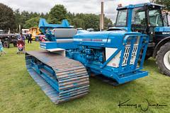 County Crawler Ford 5000 1969 (Kenny Wharton) Tags: 1969 canon1635f4lisusm canon5div countryfair newbyhall newbyhalltractorfest2017 blue crawler tracks vintage vintagetractor england unitedkingdom gb