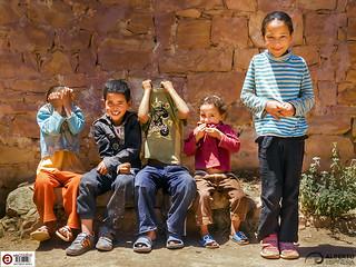 Children on the way to Essaouira