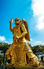 A DI DA PHAT QUAN THE AM BO TAT DAI THE CHI BO TAT GUANYIN KWANYIN BUDDHA 9120 (ketnoivietnam) Tags: amazing affectionate amitabha architecture art asia avalokitesvara awesome bangkok beautifull beijing palace bhutan bodhisattva bouddha buddha tooth relic temple buddhism buddhist china chinatown chua excellent fantastic flickraward gold golden guanyin hainan hdr history hong kong vietnam japan 佛 观音 観音 寺