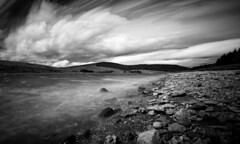 Live composite (M2237623 E-M1ii 9mm iso200 f8 0.8s) (Mel Stephens) Tags: 20170623 backwater reservoir dykend 201706 2017 q2 angus scotland uk widescreen bw black white silver efex landscape le long exposure live composite shore water olympus omd em1ii ii m43 microfourthirds mirrorless mmf3 43 fourthirds zuiko 918mm nd tripod mft best june geotagged ft very wide wallpaper screensaver