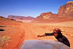 (louis de champs) Tags: minoltasrt101 film agfaprecisa100 vividcolors redsand desert wadirum jordan bedouin
