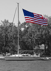 Stars & Stripes (DewCon) Tags: sailboat lakepepin americanflag