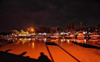 Malam adalah waktu berharga yang diberikan oleh Tuhan kepada kita, dimana kita bisa melihat mimpi kita~ #repost Photo by @fahmil30 #karangantu #sea #serang #dermaga #kotaserang #Banten #Indonesia. http://bit.ly/1BFtNAa