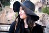 Luci (o.solemio) Tags: photo n° 406 minoosolemio portrait ritratto ragazza cinese cappello nero capelli lunghi capellineri occhi chiari leicavlux