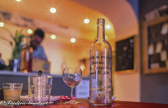Holidays ambiance (frederic.gombert) Tags: bottle water glass restaurant color star place light indoor inside table dinner breakfast tourtour var