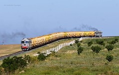 600 872 RO-CFR & 600 345 RO-CFR by ...síneken a vonat - Tulcea - Slatina Sulzeres tehervonat, Mihai Viteazu közelében   video: youtu.be/ezIDHisGOHY