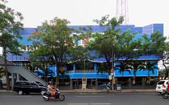 RRI Surabaya (Everyone Sinks Starco (using album)) Tags: surabaya eastjava jawatimur building gedung architecture arsitektur radiostation stasiunradio