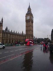 Rainy Day in London ロンドンで雨が降ります (Shutter Chimp: Im back!) Tags: london england sky clouds big gen bigben red bus double decker people rain wet cloudy reflection street streetphotography photography ロンドン イギリス 空 雲 反射 雨 ビッグベン バス 赤い 人々 人 曇り 水 湿った 時計 車