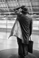 statue of John Betjeman, St. Pancas Station, London, England, UK (Plan R) Tags: monochrome blackandwhite statue pancras london uk train leica m 240 noctilux 50mm