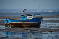 The Answer (Chris Hamilton Photography) Tags: southend boat flickr beach seaside sea urban sailing transport