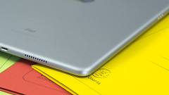 Apple iPad Pro 10.5 (TechStage) Tags: apple ipad ipadpro appleipad appleipadpro ipadpro105 ipad105 appleipadpro105 apple105 appleipad105 silver silber black schwarz yellow gelb office büro techstage technologie technology computer