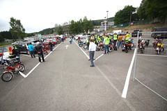 IMG_9323 (Christophe BAY) Tags: mobyltettes francorchamps 2017 rétromobile club spa circuit moto vespa camino flandria