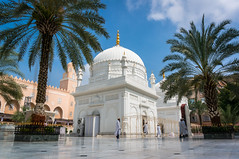 Masjid Al-Moazzam (Brij Naik) Tags: beautiful place sacred peaceful pleasant mosque white colour blue sky architecture building india sony sonyalpha mirrorless kitlens