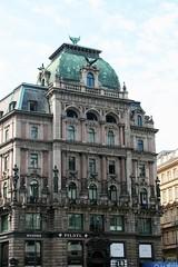 Edificio de la Calle Graben - Viena - Austria (Kiko Colomer) Tags: viena austria europa europe centroeuropa francisco jose colomer pache turismo edificio de la calle graben wien vienna vienne kiko österreich autriche